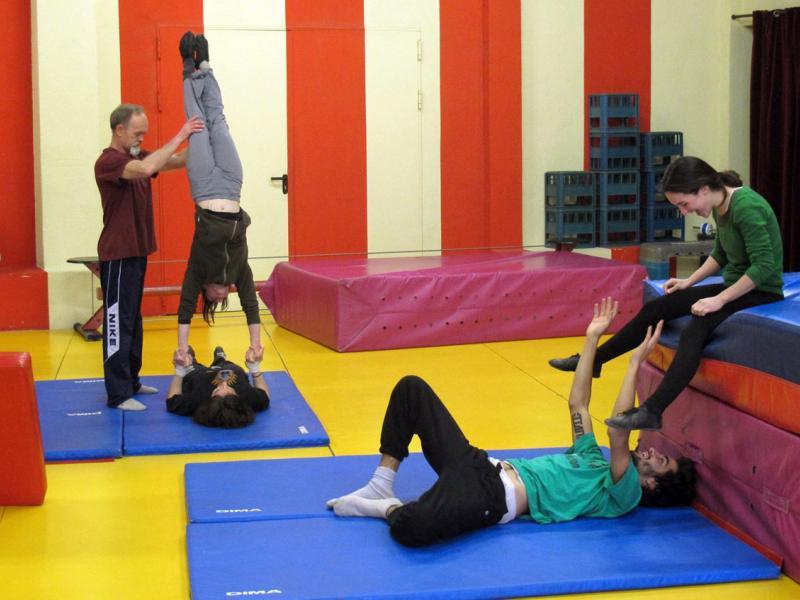Cursos de circ regulars per adults