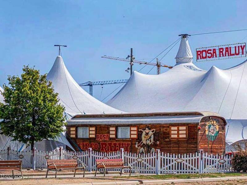Cia. Passabarret s'incorpora a la gira 'Vekante' del Circ Teatre Rosa Raluy com a pallassos