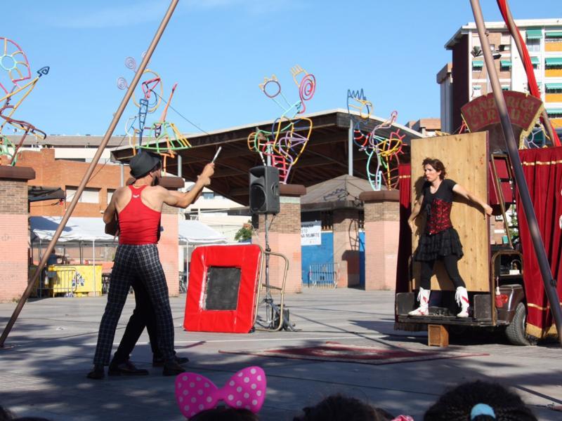 Tandarica Circus (English)